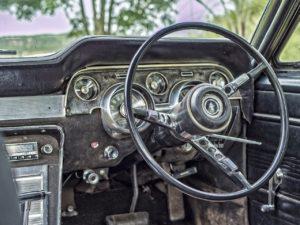 Schlechten Autogeruch wirst du effektiv mit Trocknertüchern wieder los