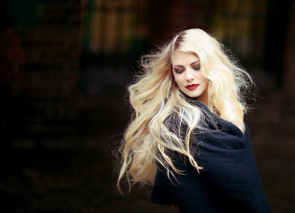 Dein Blond Gefärbtes Haar Hat Einen Grünstich Dann Brauchst Du